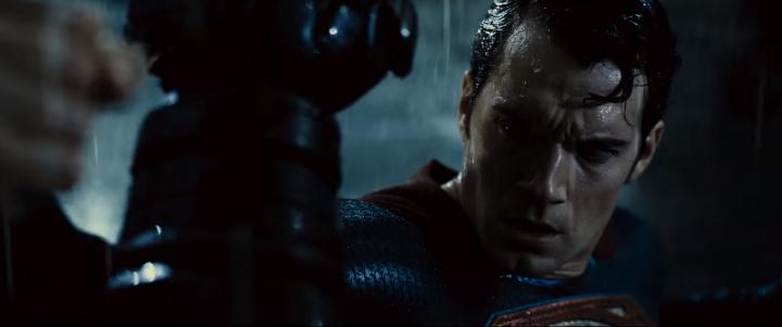 BATMAN v SUPERMAN 11